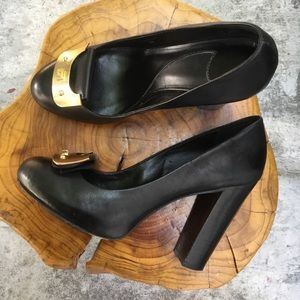 "DVF black 4"" chunky heel pumps gold toe accent 8"